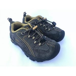 Keen Boys Hiking Low Top Suede Toggle Laces Shoes